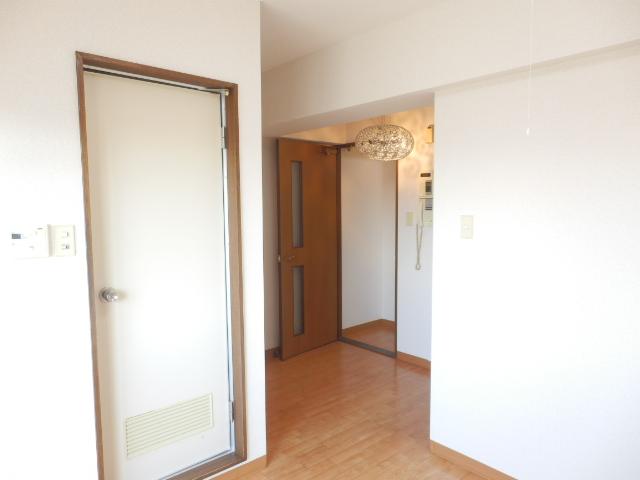 リブポート宇都宮 1003号室のリビング