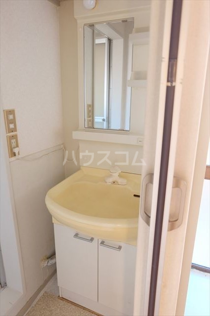 シャンポール双葉 202号室の洗面所
