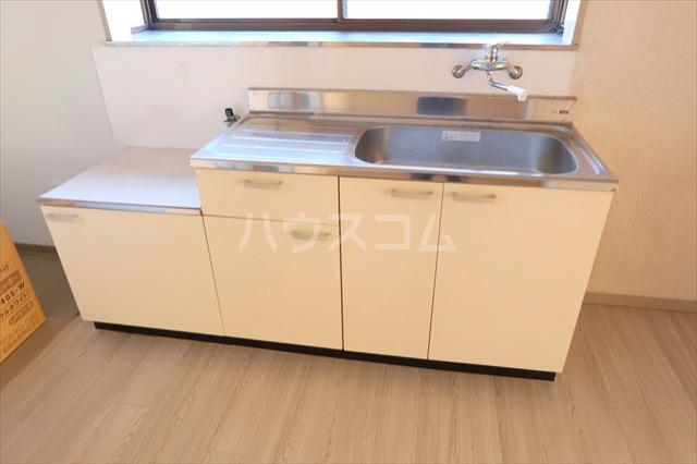 シャンポール双葉 202号室のキッチン