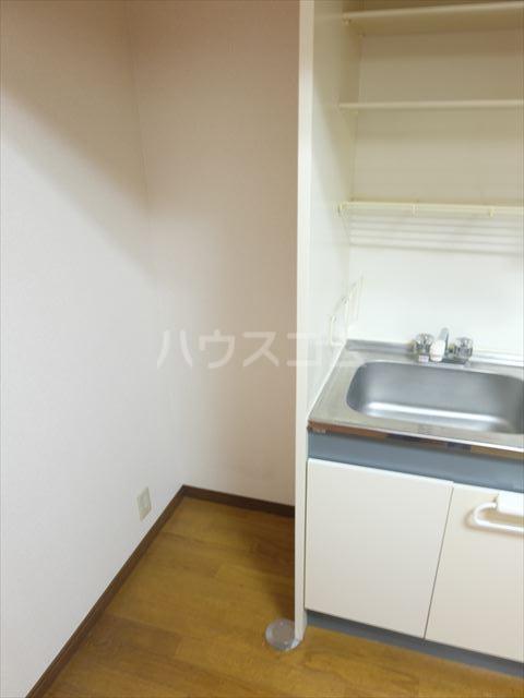 コーポアルタⅢ 203号室のキッチン