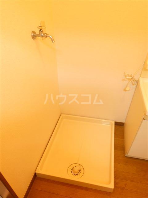 コーポアルタⅢ 203号室の玄関