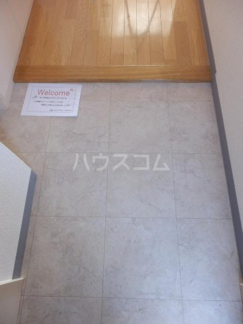 ベル・グランドハイツ 903号室の玄関