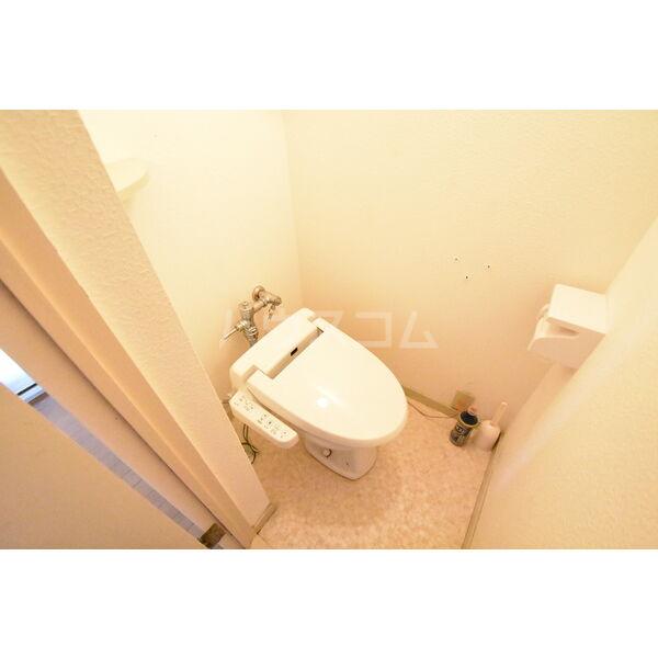 宇都宮サマリヤマンション 607号室のトイレ