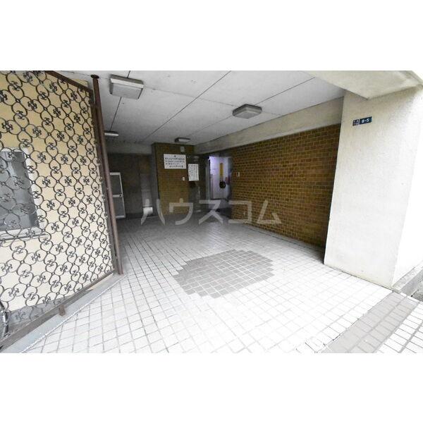 宇都宮サマリヤマンション 607号室のエントランス