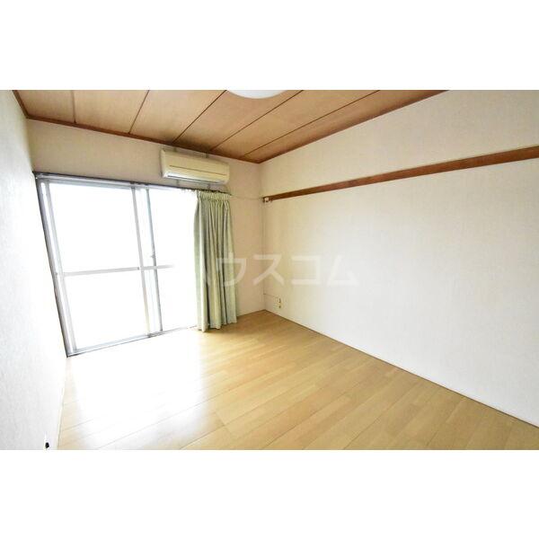 宇都宮サマリヤマンション 607号室のベッドルーム
