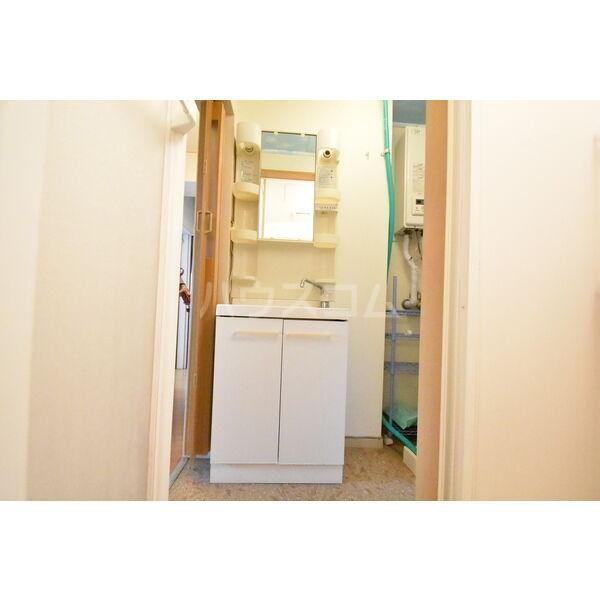 宇都宮サマリヤマンション 607号室の洗面所