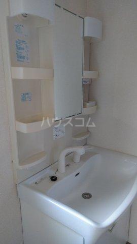 藤コーポ弥生壱番館 201号室の洗面所
