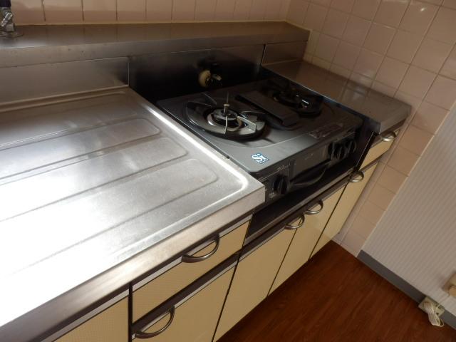 モア・グランドリーMY B 203号室のキッチン