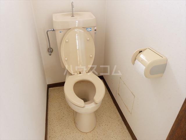 レジデンス山崎Ⅱ 201号室のトイレ