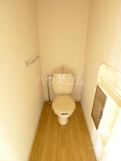 コーポマロニエA棟 101号室のトイレ