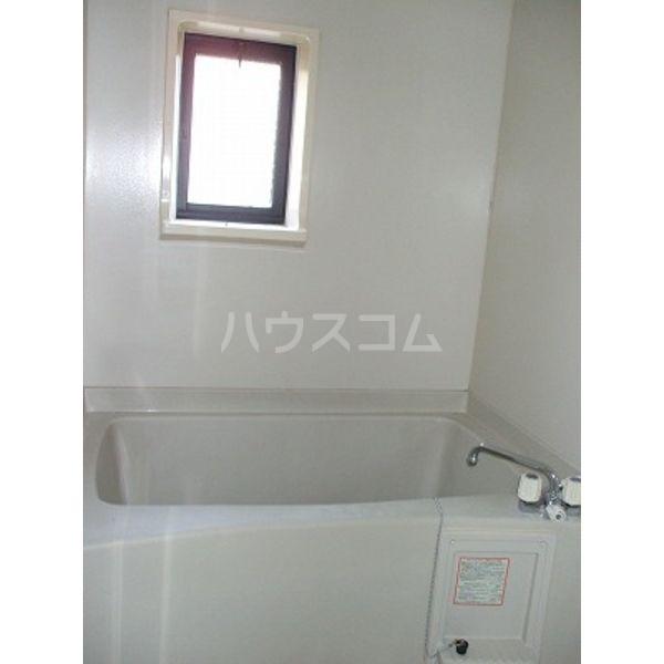 メゾン・フェンネル 101号室の風呂