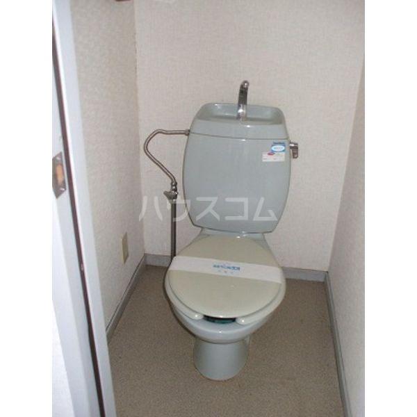 メゾン・フェンネル 101号室のトイレ