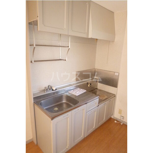 ベルシオンA A103号室のキッチン