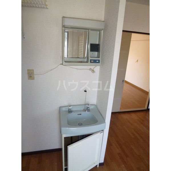 サンシティマガミ 205号室の洗面所