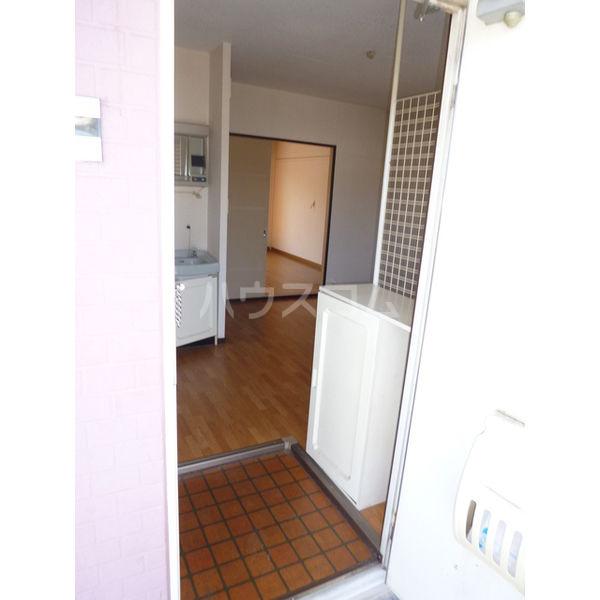 サンシティマガミ 205号室の玄関