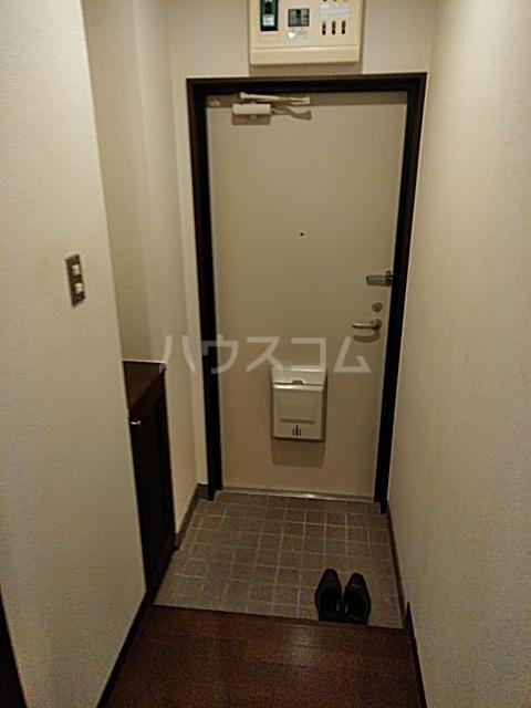 すずらんⅦ 3B号室の玄関