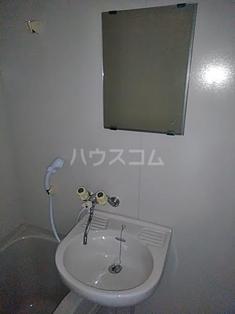 清成ハイツ 101号室の洗面所
