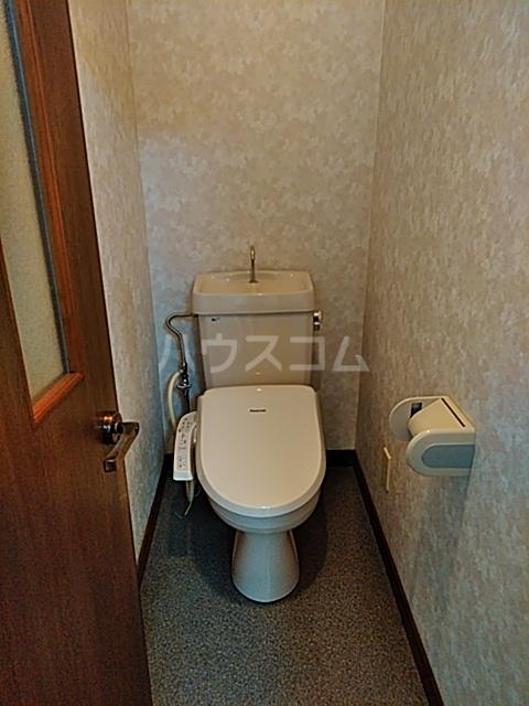 グリーンハイツ三澤パート6 B201号室のトイレ