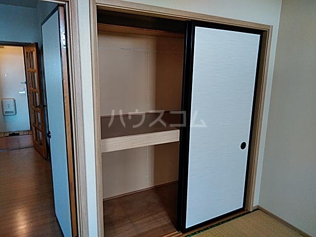 グリーンハイツ三澤パート6 B201号室の収納