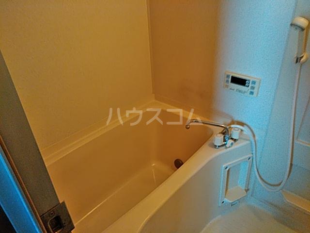 グリーンハイツ三澤パート6 B201号室の風呂