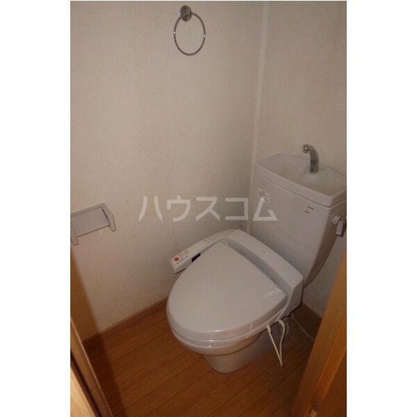 東栄ハイツB 105号室のトイレ