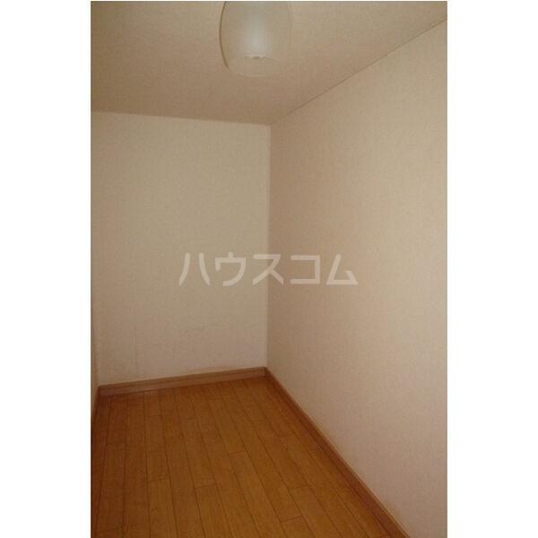 東栄ハイツB 105号室の収納