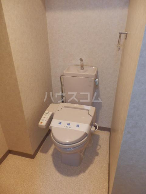 プラージュ今泉 203号室のトイレ