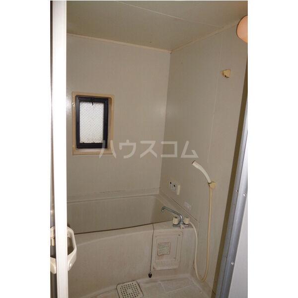 サンライフサテラ 202号室の風呂