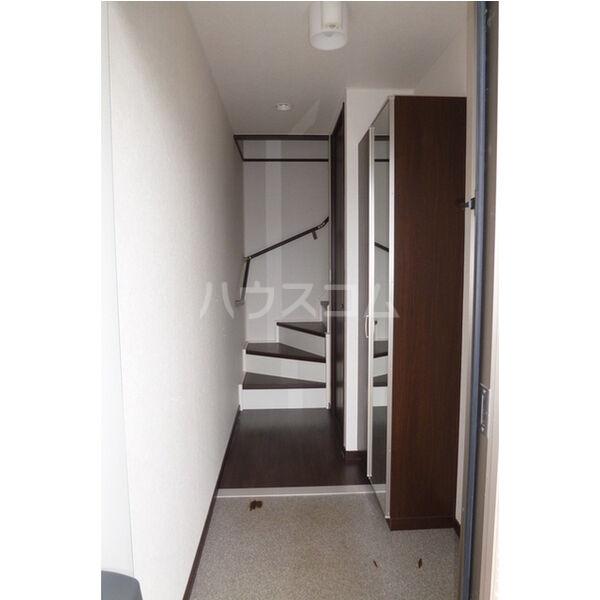 ラ・カーサ・フェリーチェ 202号室の玄関