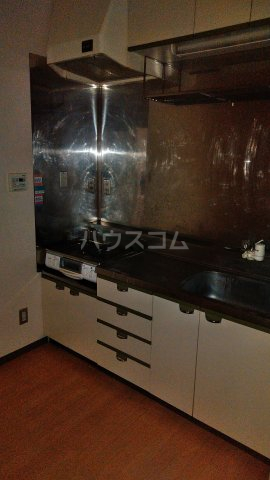 EX.1 205号室のキッチン