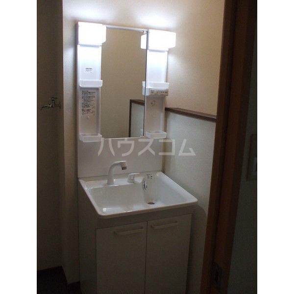 コーポエクセルⅠ 105号室の洗面所