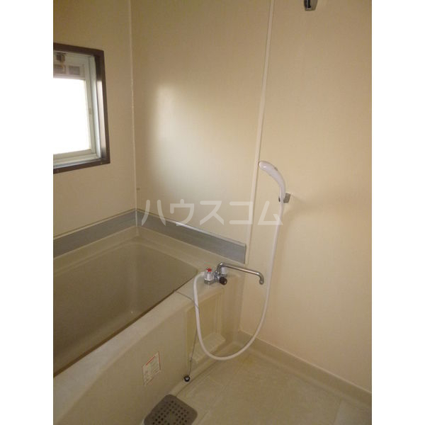 ホワイトハイツ宝木 103号室の風呂
