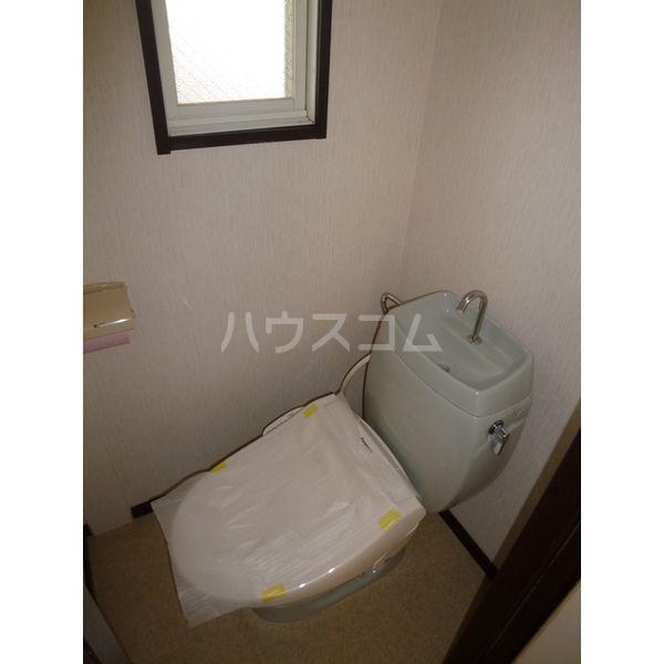 ホワイトハイツ宝木 103号室のトイレ