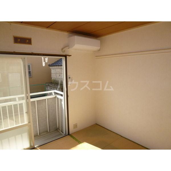 ホワイトハイツ宝木 103号室のバルコニー