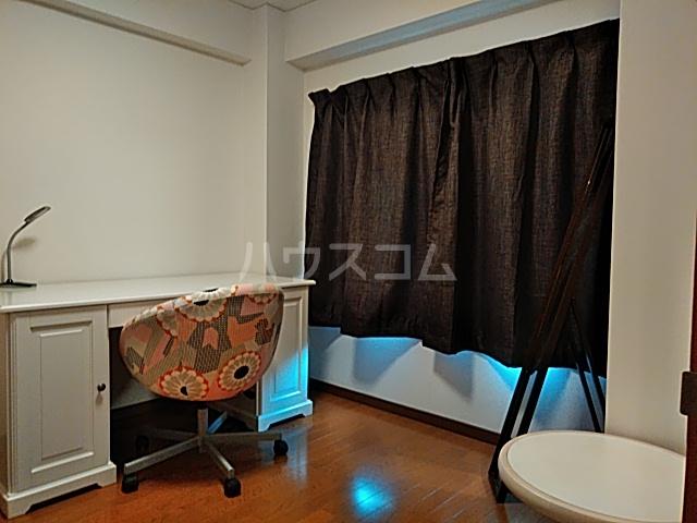パークサイドレジデンス 308号室のベッドルーム