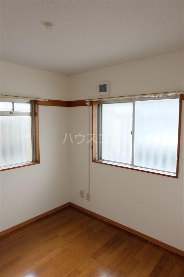コーポ山晃 101号室の居室