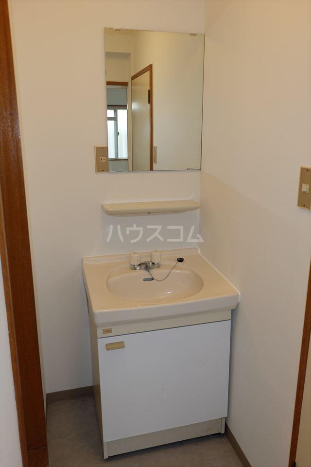 コーポ山晃 101号室の洗面所
