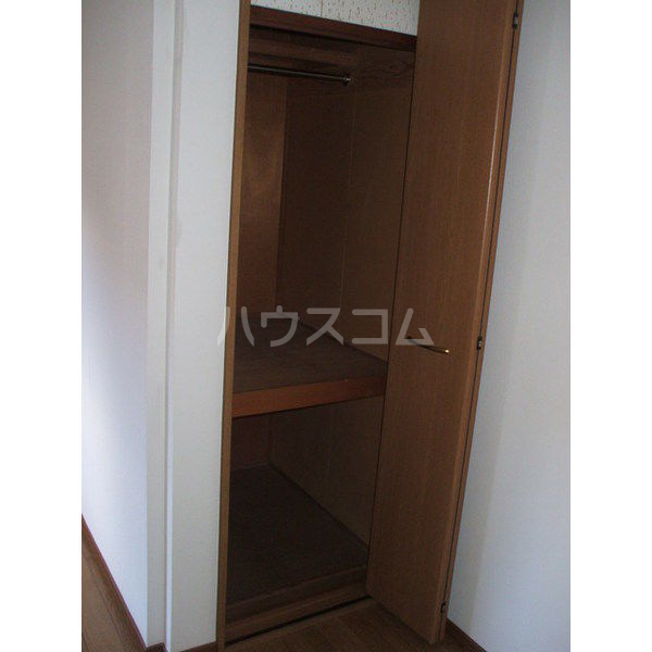 簗瀬ハイム 102号室の収納