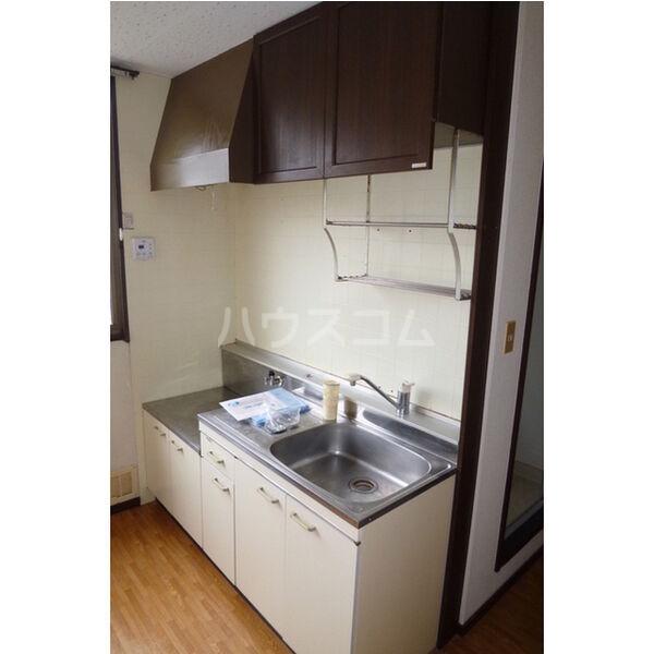 中里ハイツⅠ 101号室のキッチン