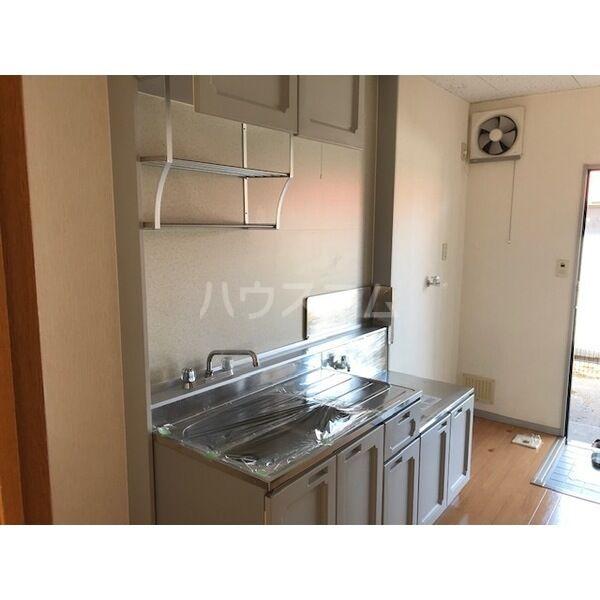 パンシオンJ 102号室のキッチン
