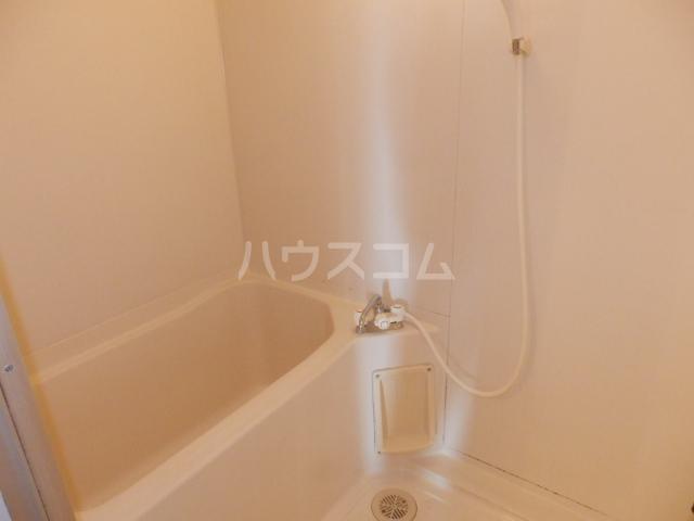 コーポサングレー 302号室の風呂
