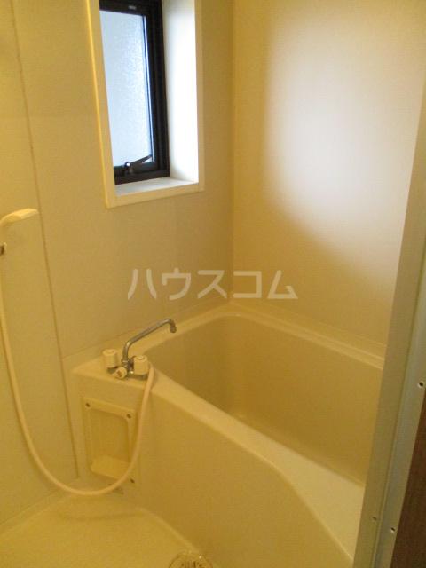 フォレストヒルズ 302号室の風呂