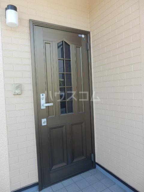 緑4丁目 戸建の玄関