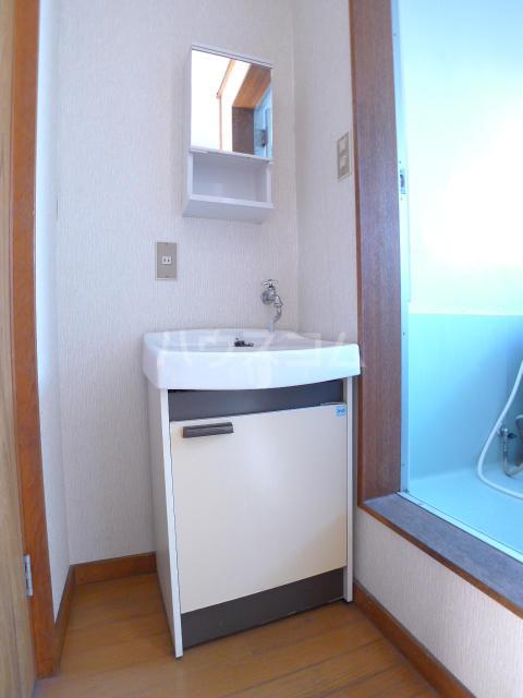 志朋ハイツ・峰 103号室の洗面所