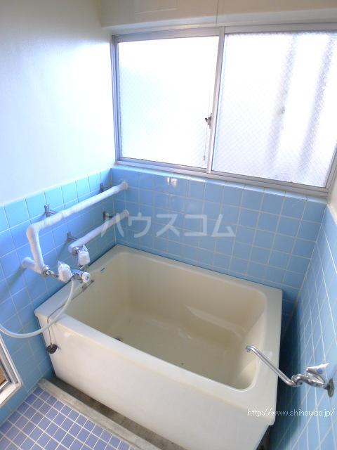 志朋ハイツ・峰 106号室の風呂