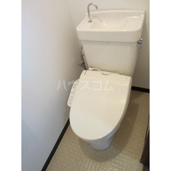 稲葉ビル 3-C号室のトイレ