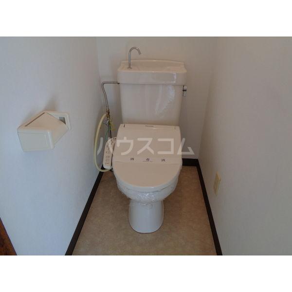 稲葉ビル 3-D号室のトイレ