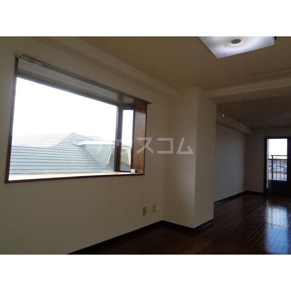 稲葉ビル 3-D号室のベッドルーム