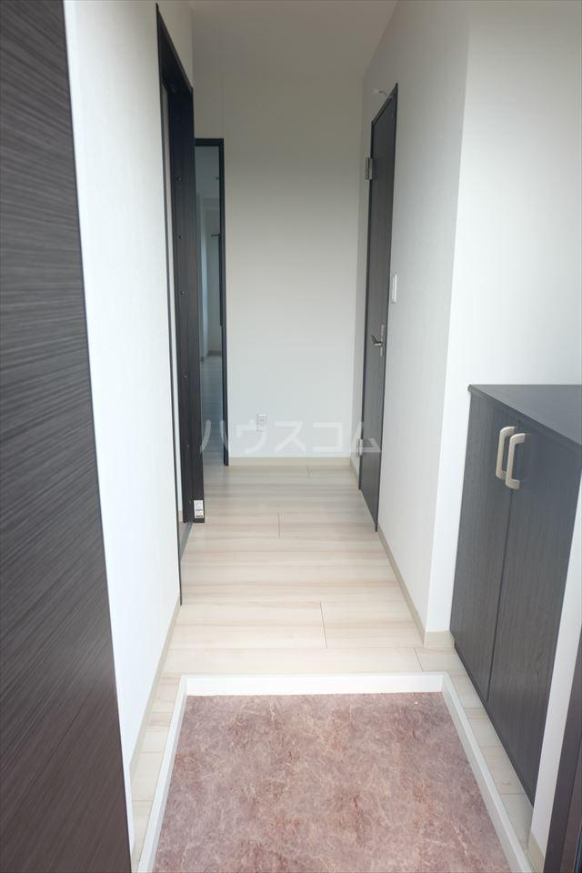 ウィンクラッセ 603号室の玄関