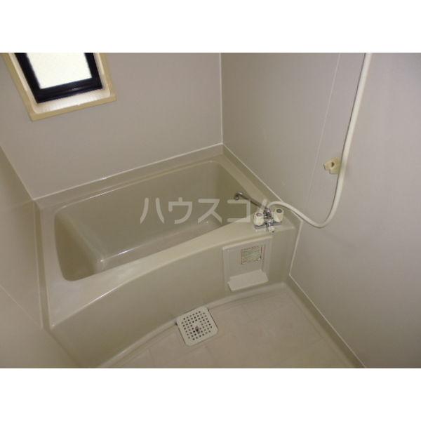 サンビレッジ光陽台六番館 102号室の風呂